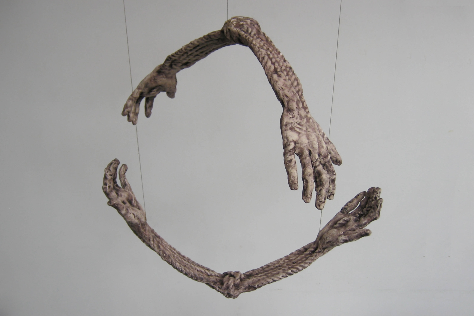 Hands I, 2007, ceramic, 2 elements (each 70 cm x 35 cm x 20 cm)