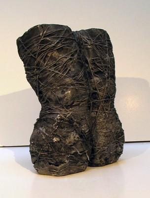 Knees, 2004, 31 cm x 46 cm x 10 cm, Aluminum