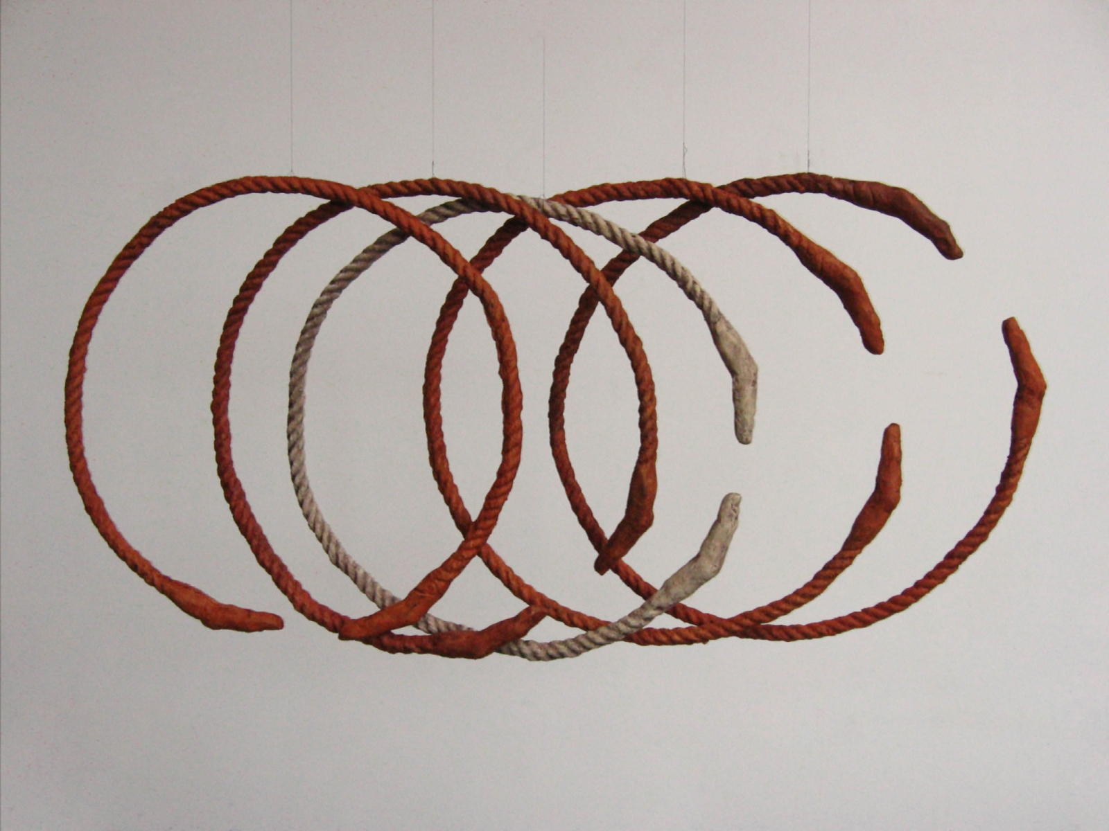 Rings, 2007, ceramic, each element 50 cm x 50 cm x 2 cm