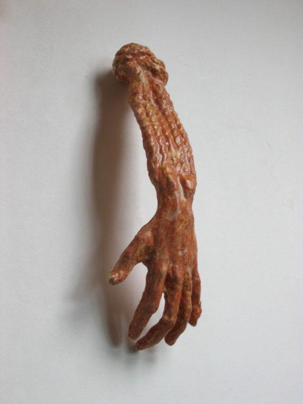 Hands II, 2007, ceramic and rope, 45 cm x 17 cm x 10 cm and 140 cm x 16 cm x 5 cm