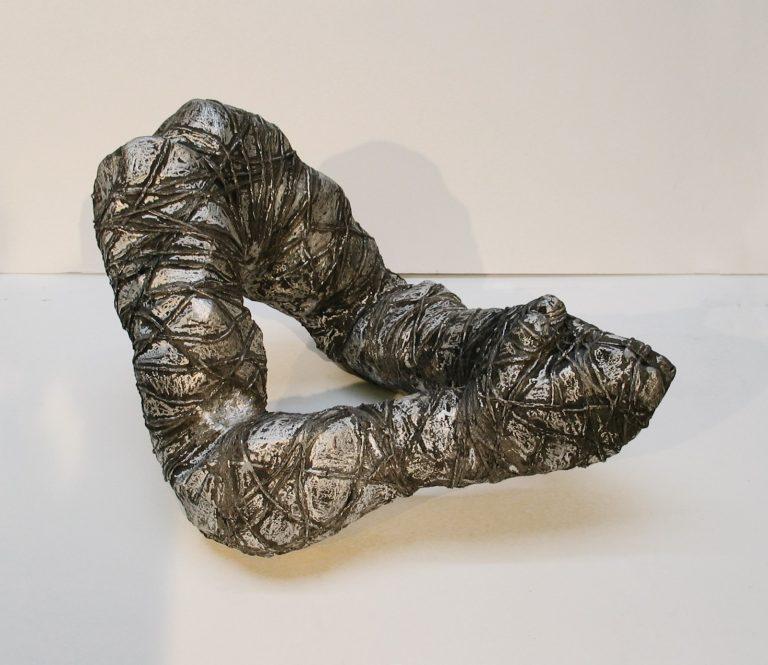 Tied Up, 2004, 31 cm x 38 cm x 46 cm, Aluminum
