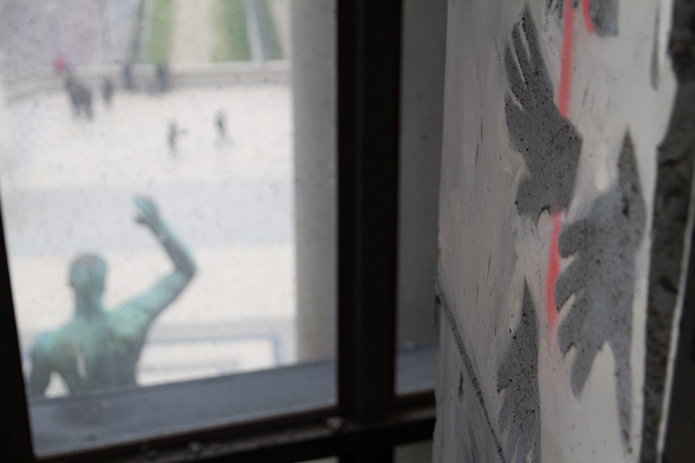 Tracing the (Construction) Site, Traces du Chantier, Site-specific collaborative drawings, construction dust, spray glue, fixative, dimensions variable, Musée de l'Homme, MNHN, Paris.